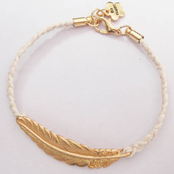 Be Happy Feather Bracelet